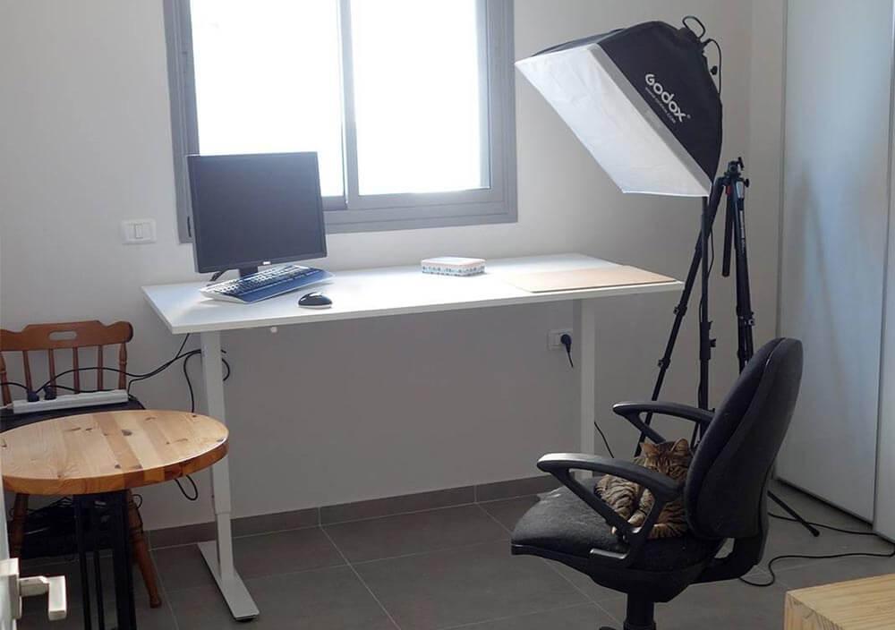 Sharka standing desk