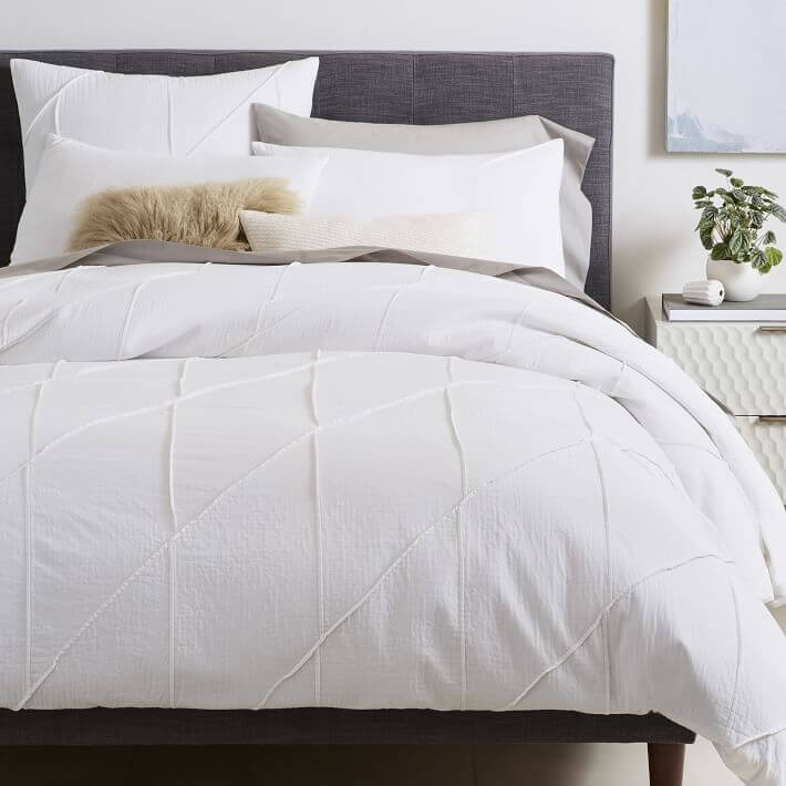 Duvet cover shams white