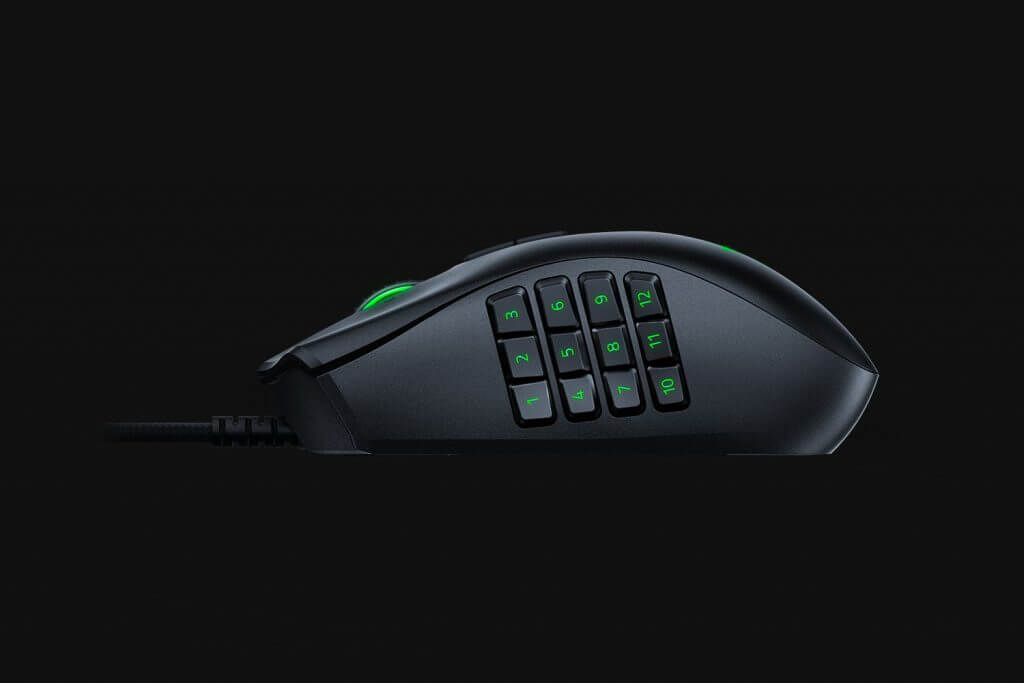 Razer Naga Trinity - The grip