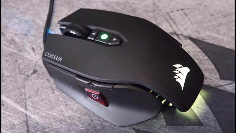 Corsair M65 Pro Review grip