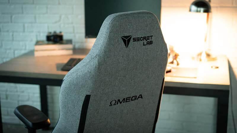 Secretlab Omega vs Titan Weight design
