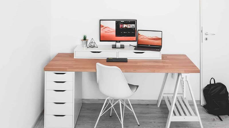 ikea micke desk review Fits every Need